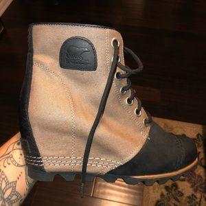 Sorel waterproof wedge boots